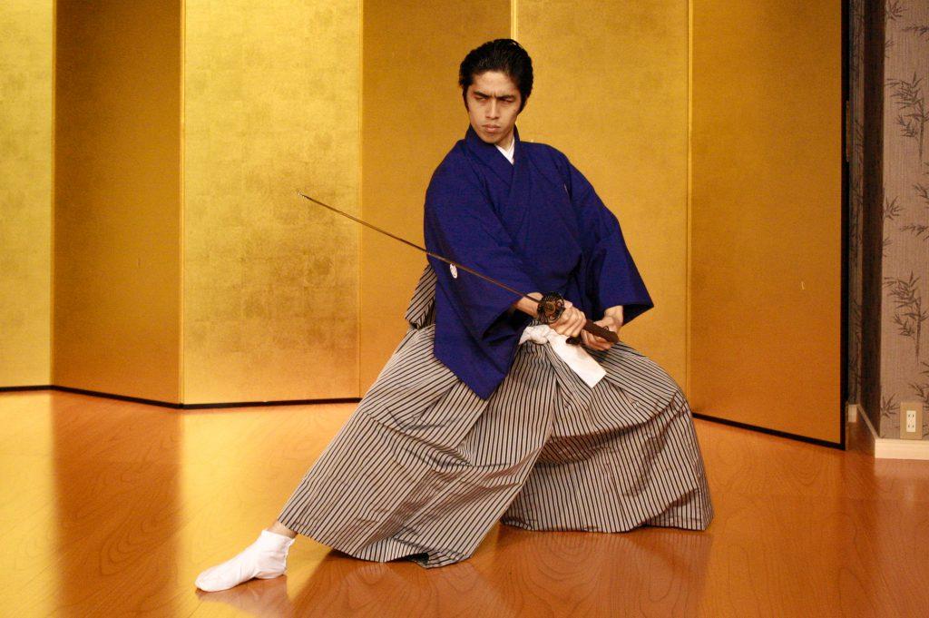 京都の『サムライ剣舞シアター』